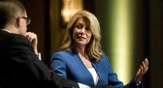 NYT/CBS/YouGov poll shows Wendy Davis down by double digits — among women