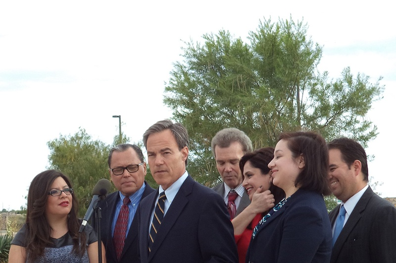 Straus Urges El Paso Voters to Support Prop 6