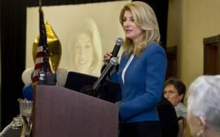 Wendy Davis gets big donations from abortion rights backers