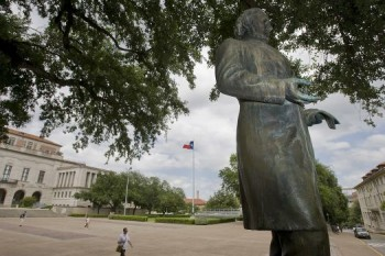 University of Texas student government votes to remove Jefferson Davis statue from campus