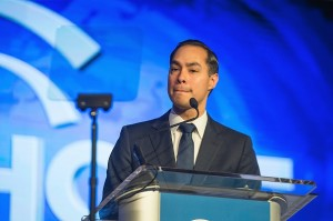 Julian Castro Supported by Hispanic Group for VP Bid in the US