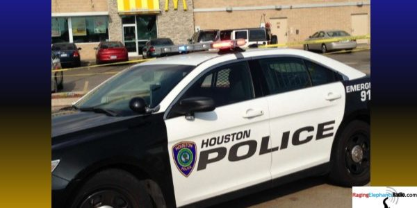 Houston City Council approves raise for police officers