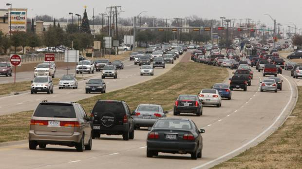 Texas panel backs off proposed road transfers