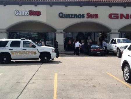 US Marine with CHL Fatally Shoots Robber in NE Harris County