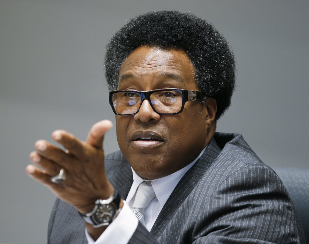 Dwaine Caraway says he has the votes on Dallas City Council to rename Lancaster Road for Nelson Mandela
