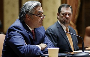 Texas lawmaker failed to disclose his own clout letter in UT flap