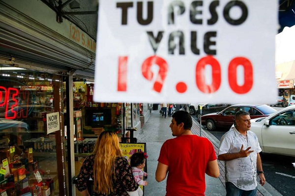 The peso's plunge is a problem for Texas' border cities — and Trump could make it worse